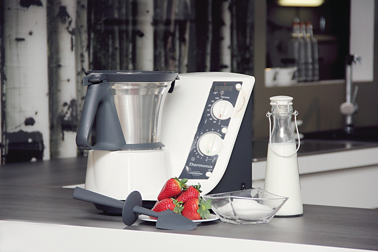 Vorwerk thermomix tm 21 no varoma but with accessories tm21 bimby ebay - Thermomix 3300 accessoires ...